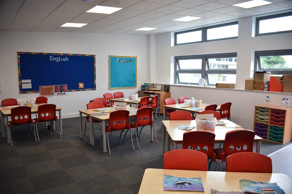 offsite-modular-construction-cornwall-devon-newbuild-contractor-classroom